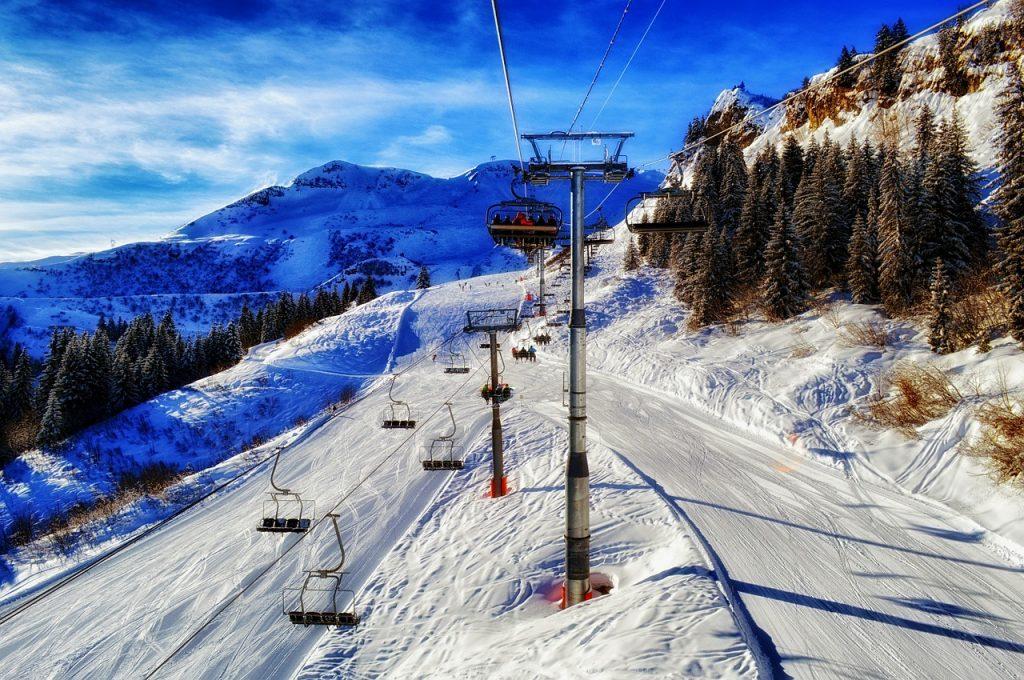 Skier en France : pourquoialler ailleurs ?