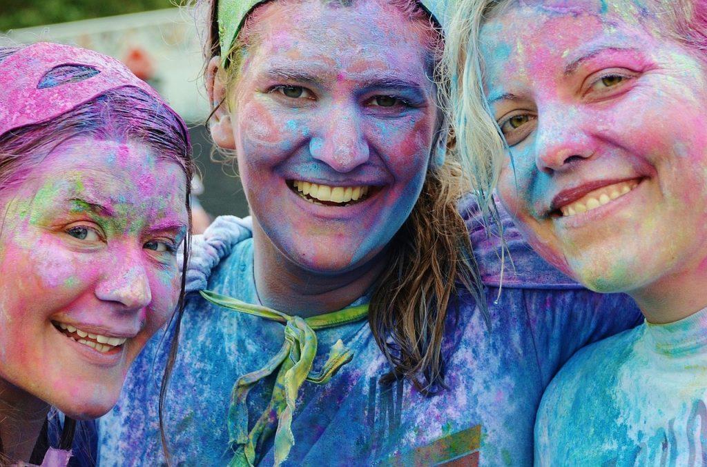 Fête des couleurs : contactez une agence de voyages en Inde