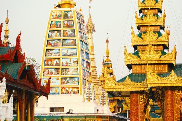 Partout de l'or à Myanmar en Birmanie